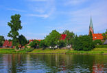 Weserkanal und Kirche Dörverden